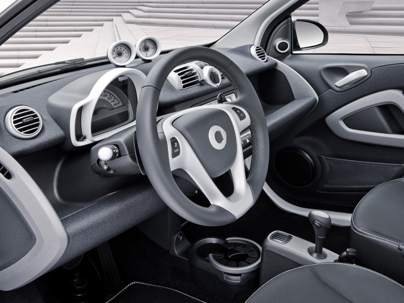 Smart ForTwo Cabrio фото салона